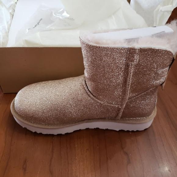f4efc0069 UGG Shoes | Womens Mini Bailey Bow Sparklegoldsize 7 | Poshmark